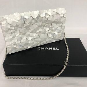 da237b9276a9 Women Chanel Clutch With Chain on Poshmark
